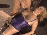 Señora Mayor Sodomizada Por Mecanicos