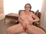 Abuela Tetona Se Masturba Ante La Camara
