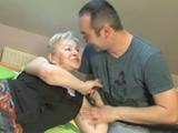 Mi Marido Se Sigue Follando A Su Madre