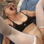 imagen la abuela se sintio joven por un rato