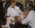 imagen doctor practicando con la enfermera