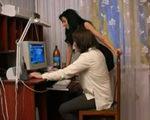 imagen Divorciada se folla a un joven informático