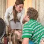 imagen Pillado follando a su hija