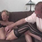 imagen Abuela alemana zorreándole a su marido
